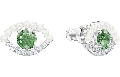 Pendientes, pulseras y collares, perfecto para regalar estas navidades, en las que el color verde es el protagonista.