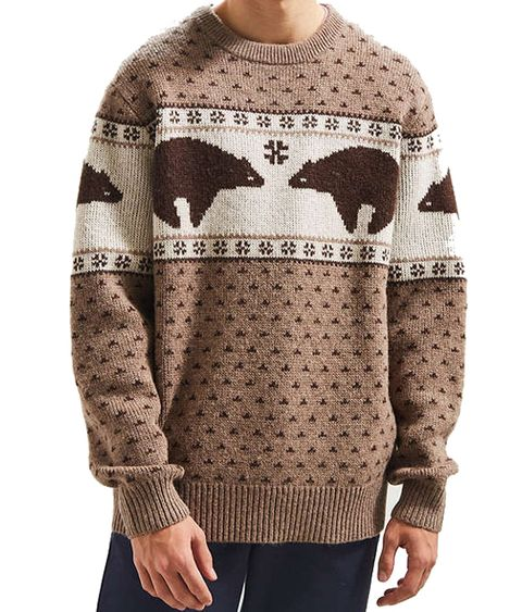 Clothing, Wool, Sweater, Outerwear, Sleeve, Brown, Beige, Neck, Woolen, Reindeer,