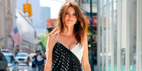 Shoulder, Street fashion, Clothing, Fashion, Dress, Fashion model, Beauty, Joint, Neck, Black-and-white,