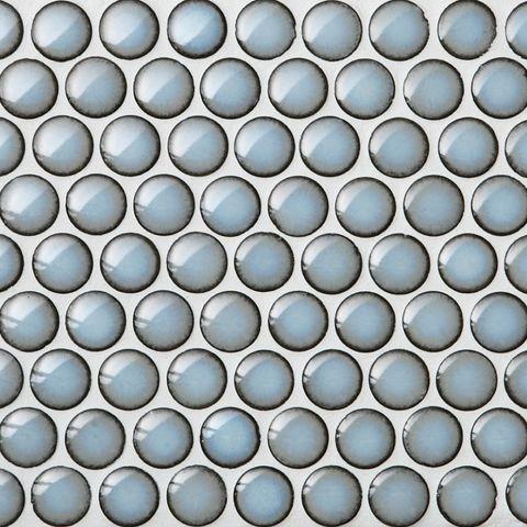 круглая синяя плитка с коричневым контуром
