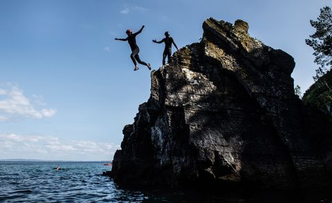 Experience days for couples - coasteering