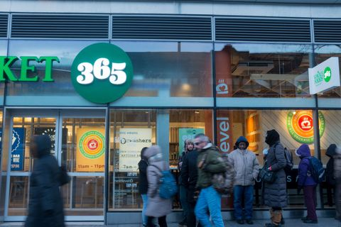 Whole Foods 365 Store Opens