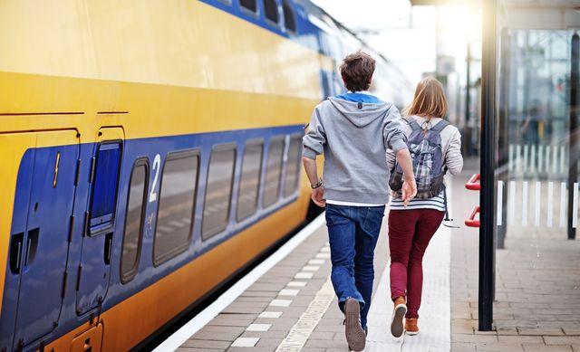rennen naar de trein