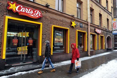 russia crisis restaurant