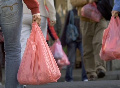 San Francisco To Ban Non-Recyclable Plastic Bags