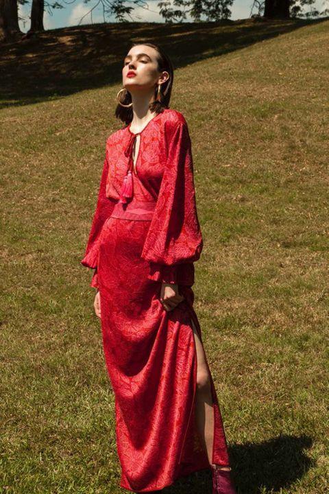 Clothing, Red, Maroon, Pink, Formal wear, Dress, Satin, Magenta, Textile, Fashion,