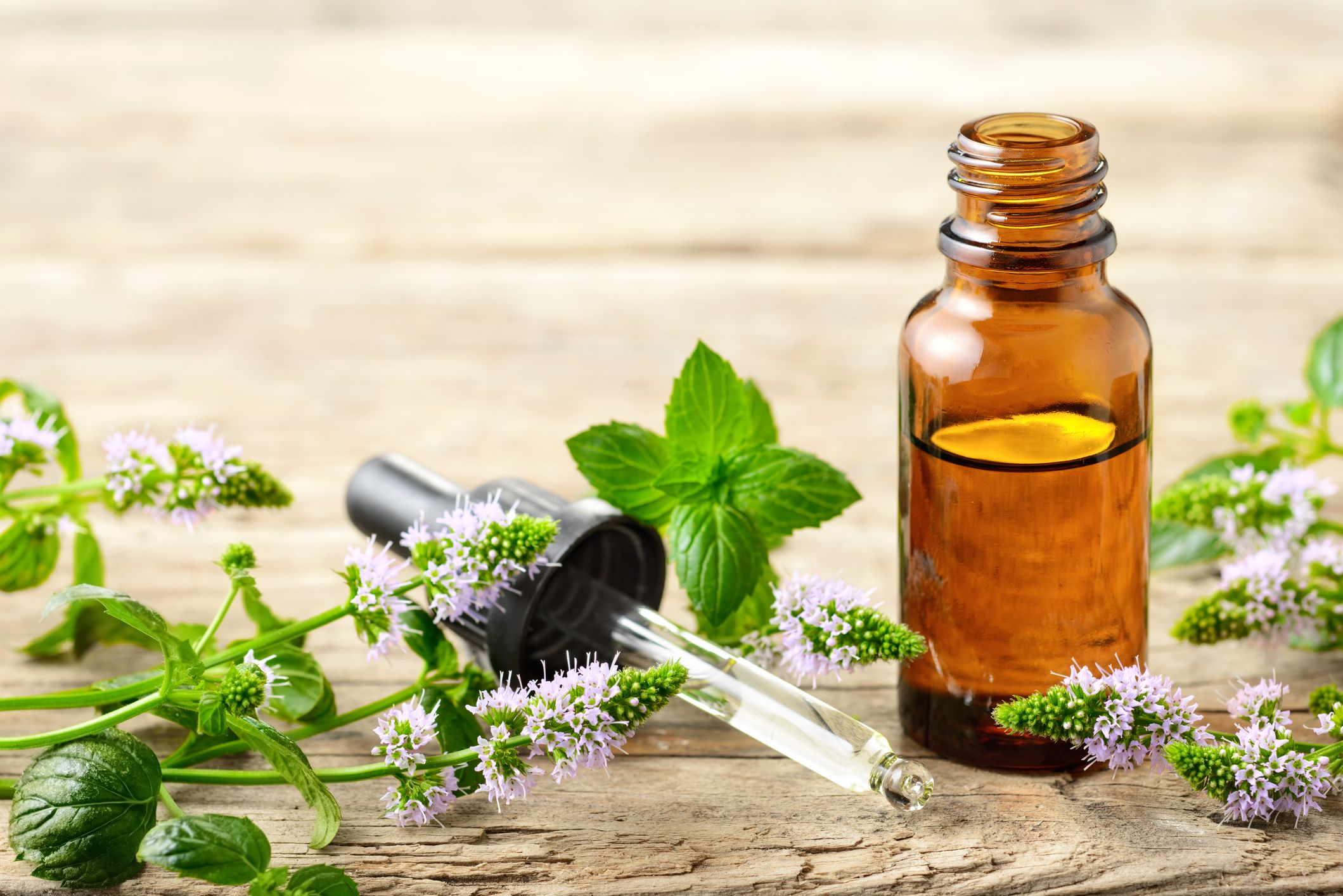 13 Best Essential Oils for Colds and Coughs