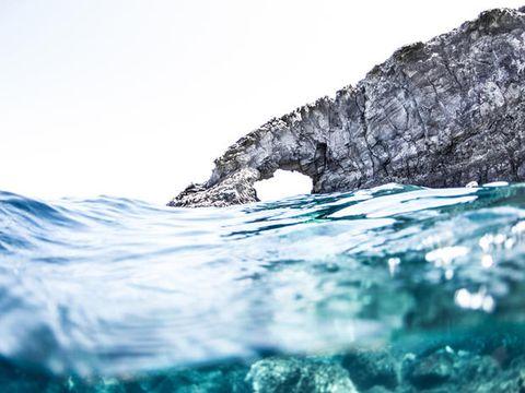 Pantelleria in Sicilia è l'isola dei dammusi, del mare e del sole