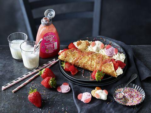 Food, Cuisine, Dish, Ingredient, Breakfast, Brunch, Produce, Vegetarian food, Strawberry, Raspberry,