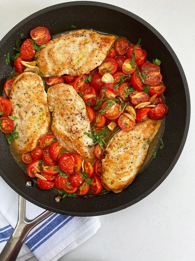 skillet roasted chicken and tomatoes