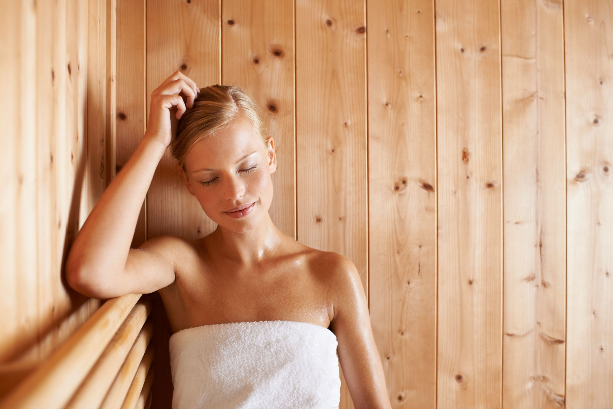 7 Surprising Health Benefits of Using a Sauna