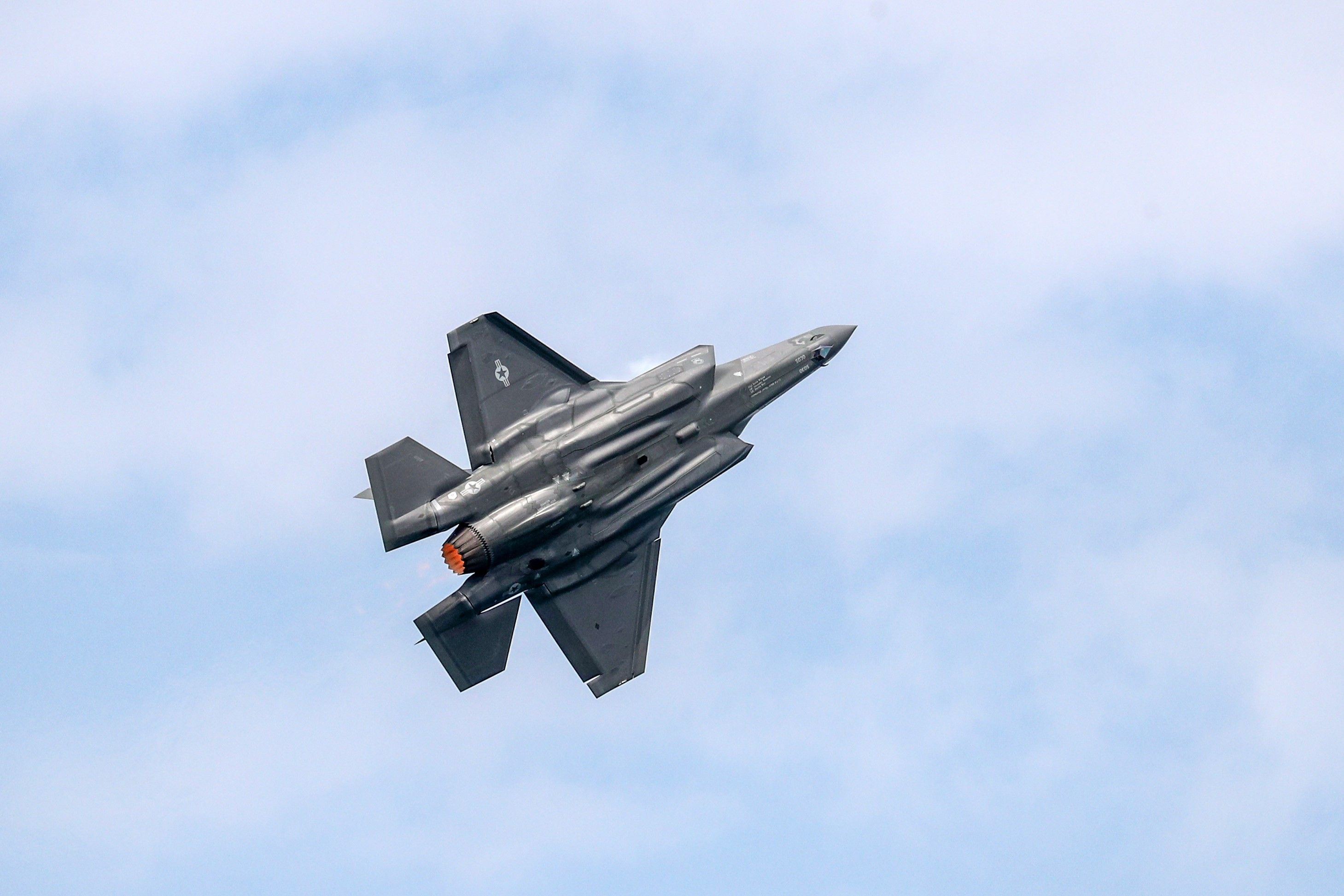 F-35 Fighter Pilots Might Soon Fly With Robotic Wingmen