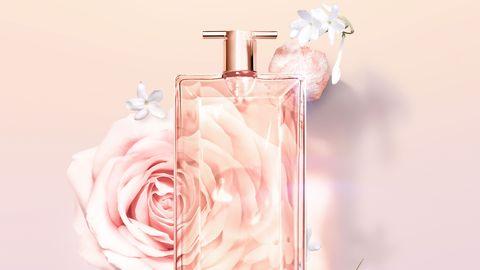 los ingredientes del perfume idôle, de lancôme rosa y jazmín