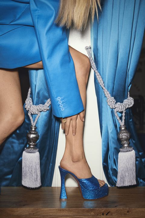 Blue, Footwear, Human leg, Electric blue, Cobalt blue, Leg, Turquoise, Shoe, Fashion, Azure,
