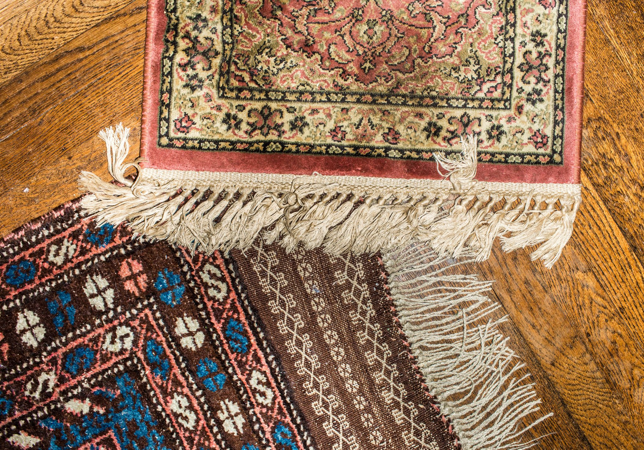 10 Amazing Places to Buy Vintage Rugs Online
