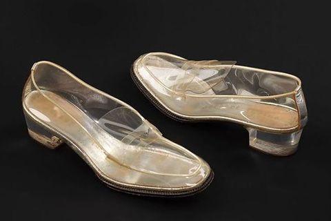 Footwear, Shoe, Beige, Dress shoe, Bridal shoe, Athletic shoe,