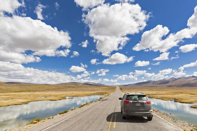 peru, la reserva nacional salinas y aguada blanca, suv on the road