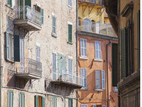 Architecture, Neighbourhood, Building, Facade, Balcony, Town, Window, Wall, House, Street,