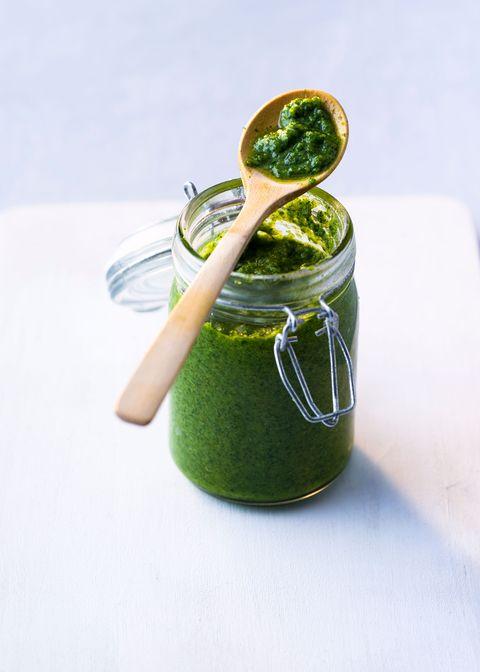 Green sauce, Pesto, Food, Vegetarian food, Vegetable juice, Basil, Ingredient, Plant, Cuisine, Chutney,