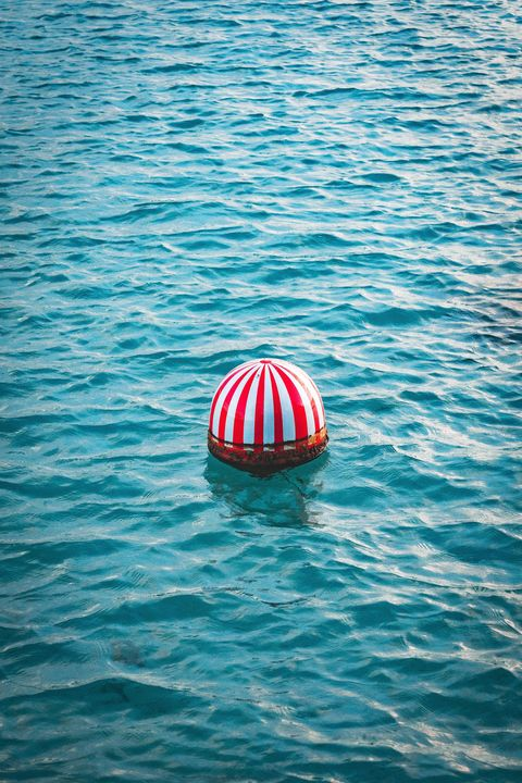 Water, Red, Blue, Sea, Turquoise, Ocean, Vacation, Summer, Sky, Recreation,