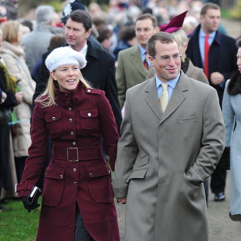 44 photos of the royal family celebrating christmas throughout the years the royal family celebrating christmas