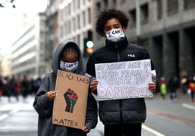 black lives matter protesten in londen naar aanleiding van george floyds dood