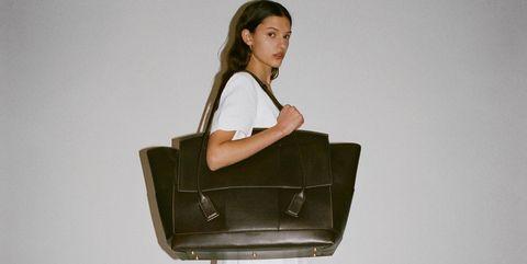 White, Shoulder, Product, Standing, Beauty, Bag, Fashion, Joint, Leg, Fashion design,