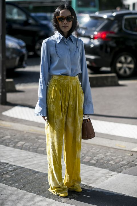 Clothing, Eyewear, Textile, Street, Sunglasses, Style, Bag, Street fashion, Goggles, Alloy wheel,
