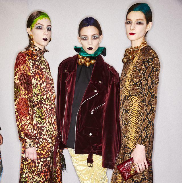 Fashion model, Clothing, Fashion, Fashion design, Formal wear, Fashion show, Textile, Dress, Event, Magenta,