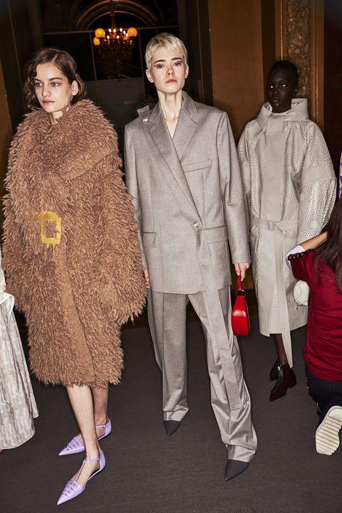 Fashion, Fashion design, Event, Haute couture, Fur, Fun, Dress, Outerwear, Premiere, Ceremony,