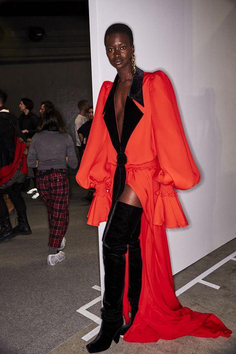 Fashion, Clothing, Red, Fashion design, Fashion model, Runway, Street fashion, Haute couture, Outerwear, Fashion show,