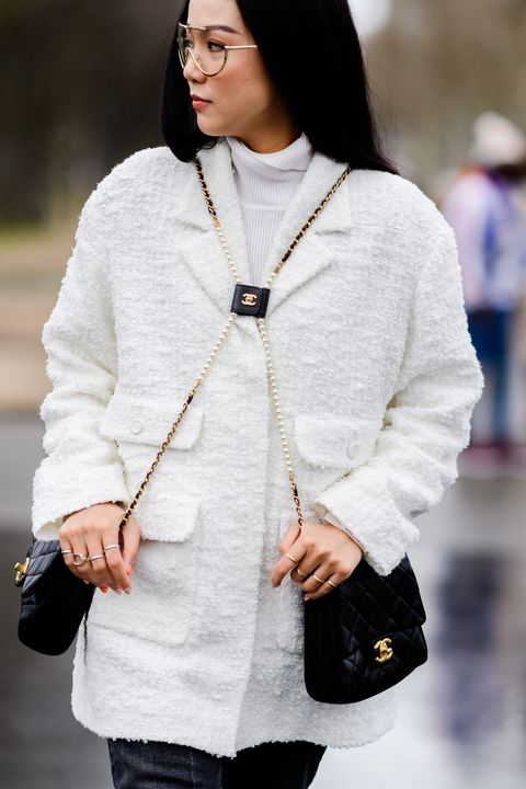 Clothing, White, Street fashion, Black, Outerwear, Sweater, Fashion, Beauty, Neck, Sleeve,