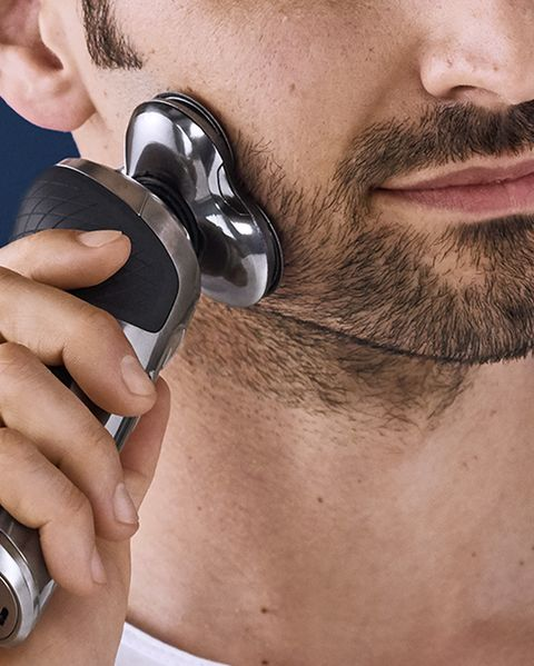 Facial hair, Hair, Beard, Face, Chin, Audio equipment, Nose, Skin, Head, Neck,