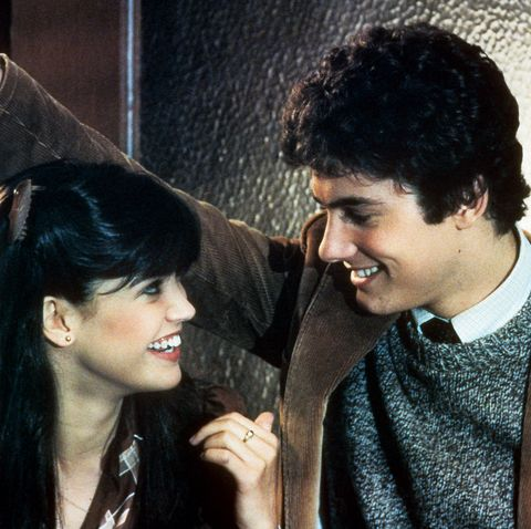 Stranger Things Phoebe Cates And Zach Galligan In 'Gremlins'