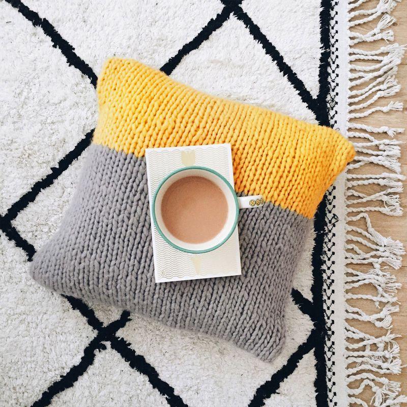 Masley Cushion Cover Knitting Kit