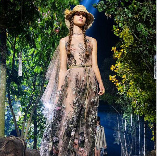【巴黎時裝週】Dior 把森林搬進秀場!164顆來自世界各地的樹木打造多樣性花園 背後環保意義超感動