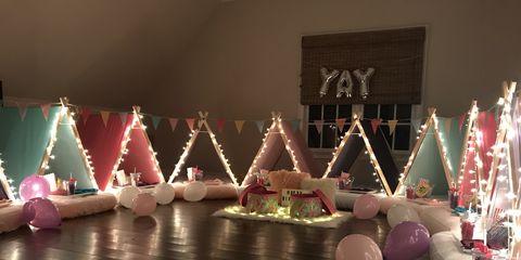 Decoration, Pink, Light, Christmas decoration, Lighting, Design, Cake, Dessert, Event, Interior design,