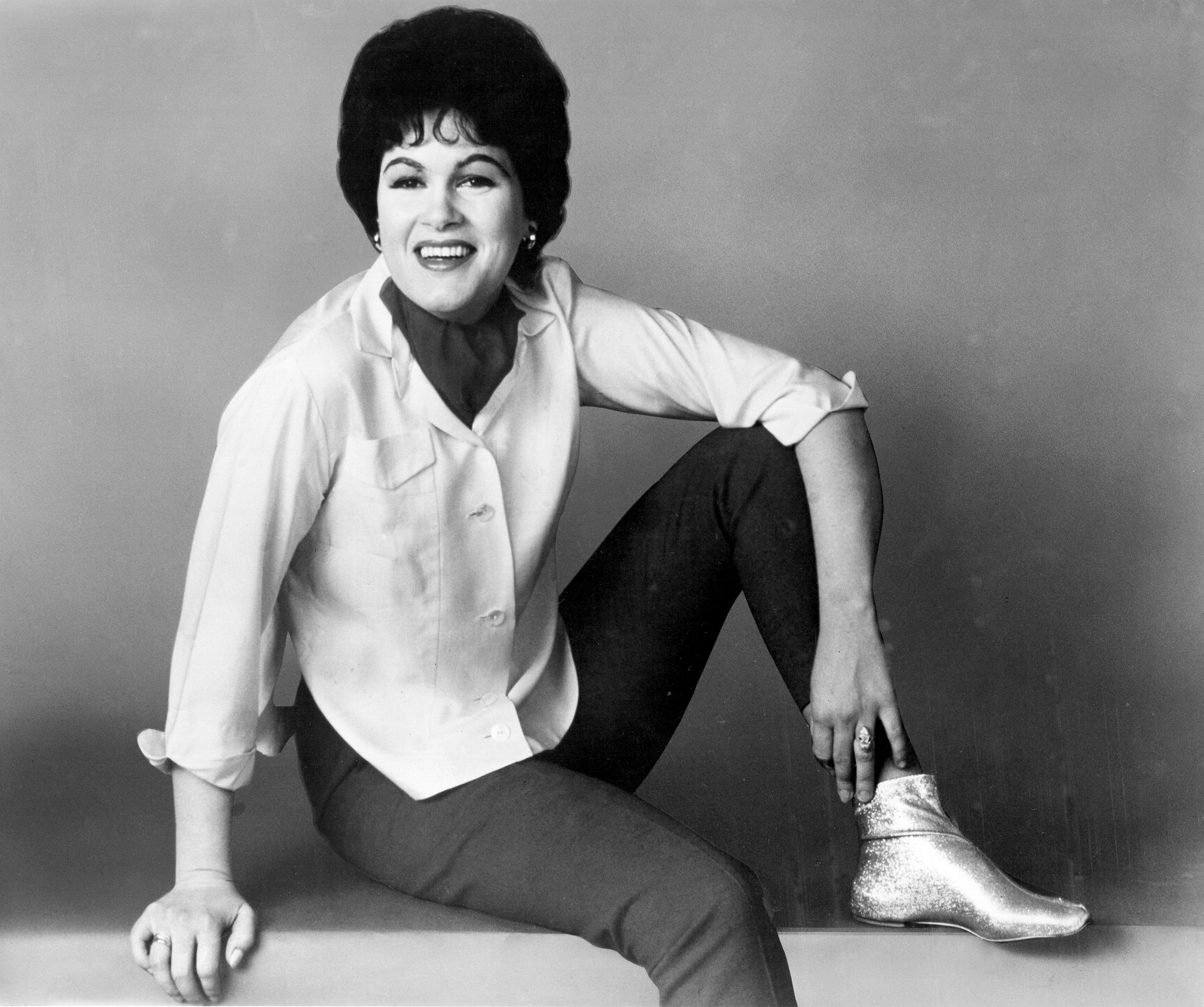 """Patsy Cline Said """"When It's My Time to Go, It's My Time to Go"""" Right Before She Was Killed in a Plane Crash"""