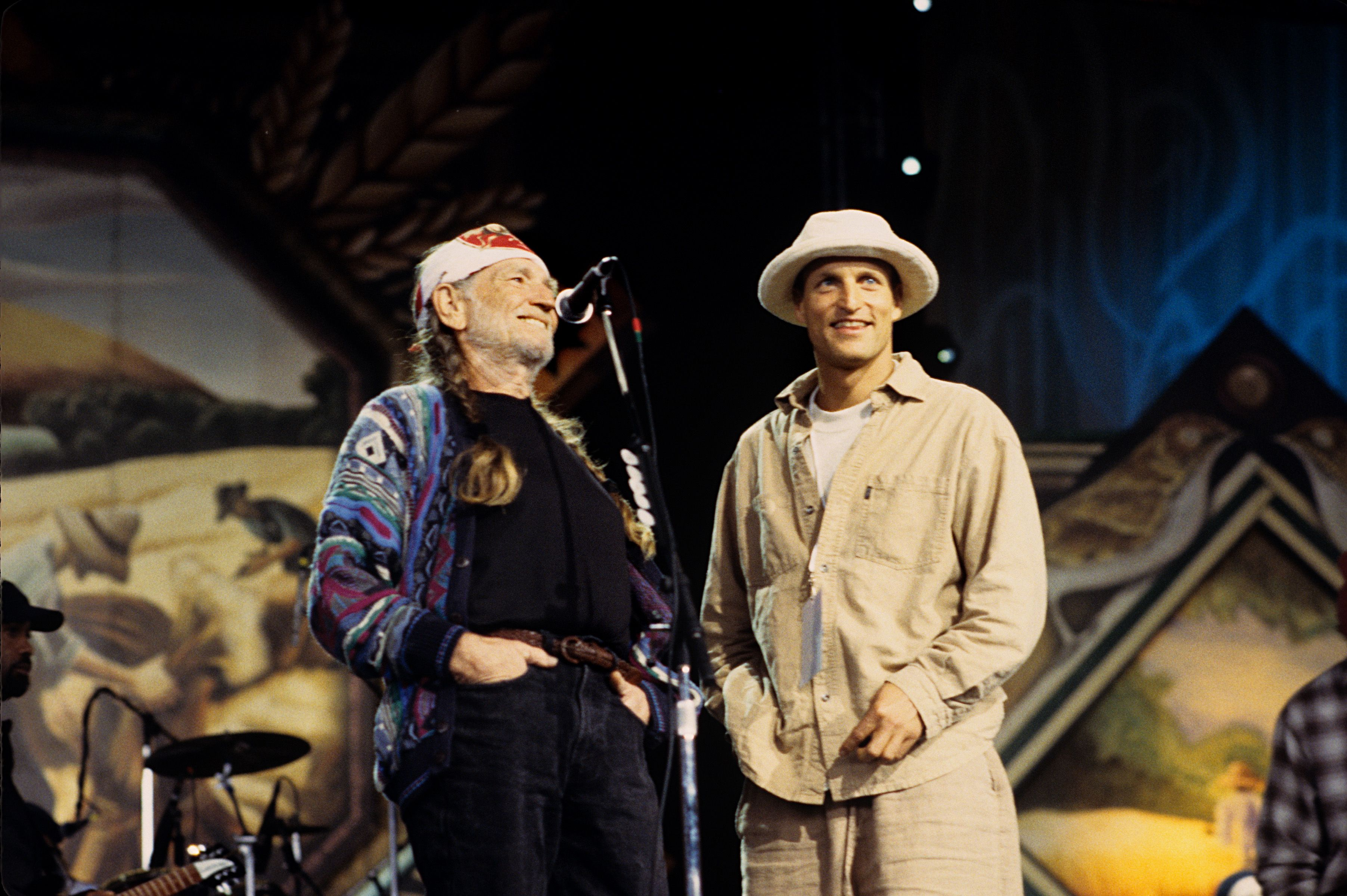 Woody Harrelson Explains How Willie Nelson Got Him to Start Smoking Weed Again