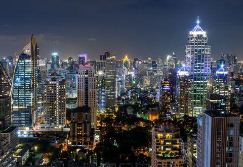 La città più visitata del mondo? Un patchwork tra edifici futuristi e templi antichi