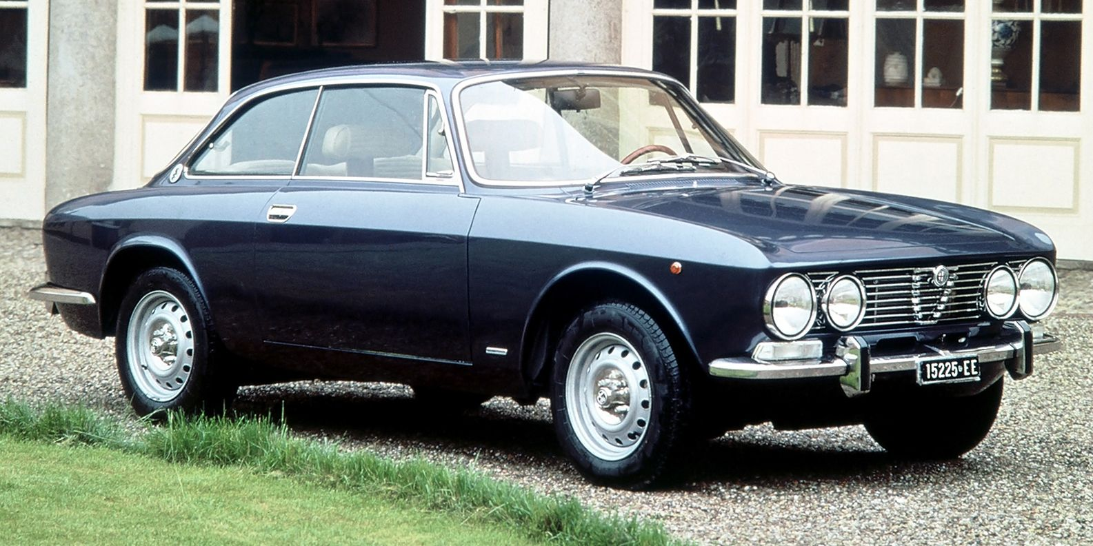 The Original 1960s Alfa Romeo 2000 Gtv Was A Mini Exotic Series 1