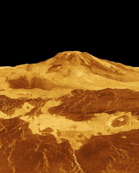 Mountainous landforms, Stratovolcano, Mountain, Geological phenomenon, Atmosphere, Volcanic landform, Extinct volcano, Geology, Mountain range, Hill,
