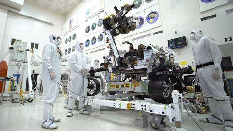 Brazo de la NASA y torreta Mars Rover 2020