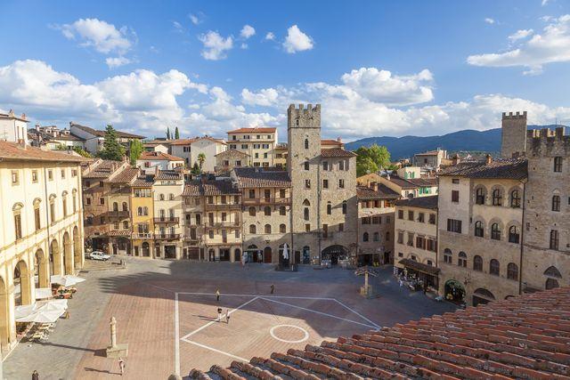 piazza grande, arezzo, val di chiana, tuscany