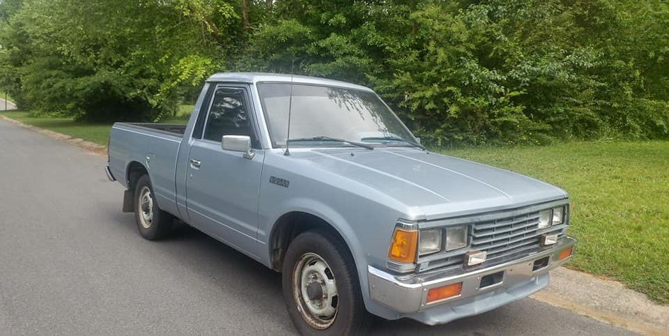 Driving a 1986 Nissan 720 Pickup Back to the Tennessee ...