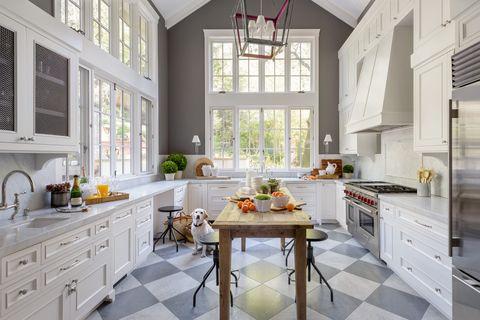 Room, Interior design, Green, Floor, Wood, Home, Drawer, White, Furniture, Ceiling,