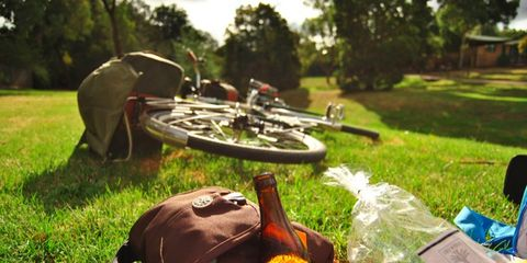 A bicycle picnic.