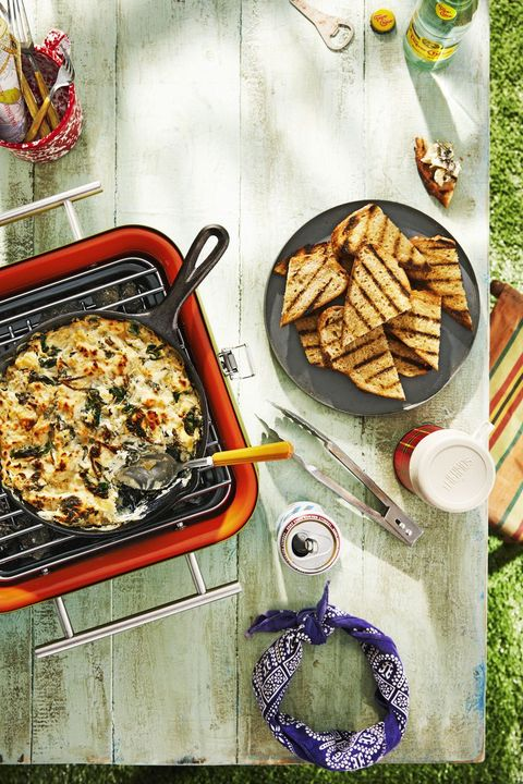 picnic recipes skillet spinach artichoke dip