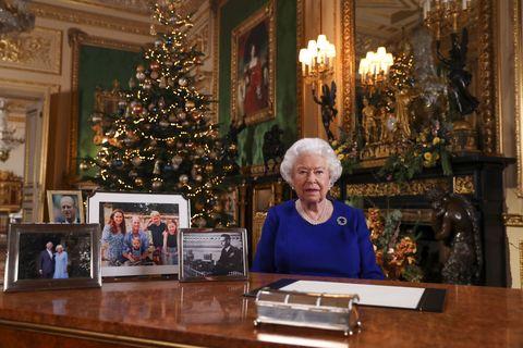 TOPSHOT-BRITAIN-ROYALS-CHRISTMAS