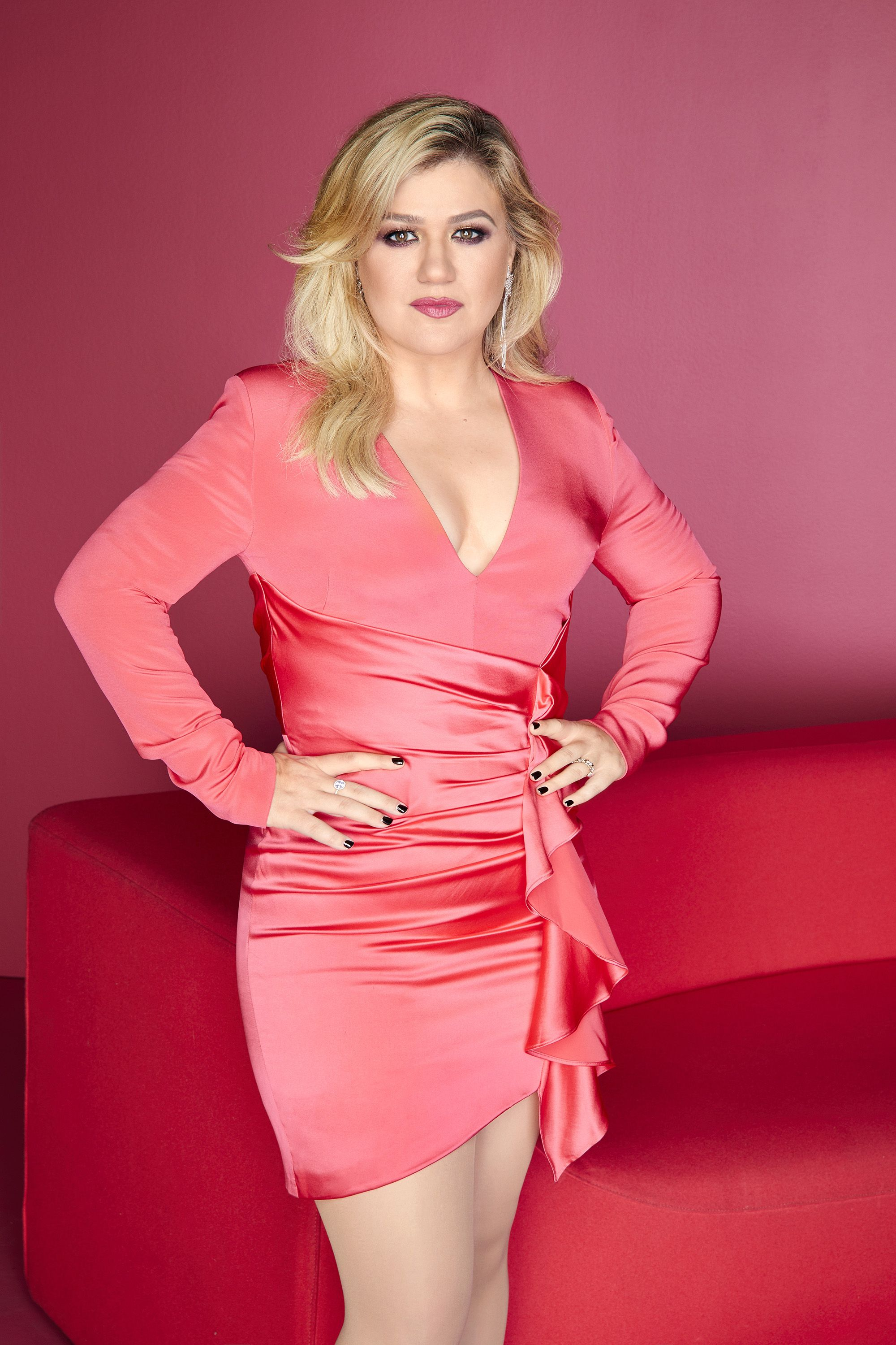Where Is Kelly Clarkson From And Where Does She Live Now?